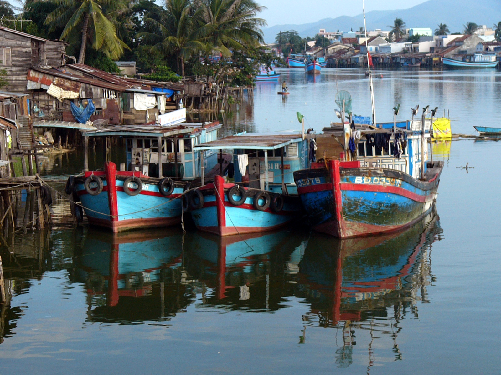 Boats in a Row Vietnam