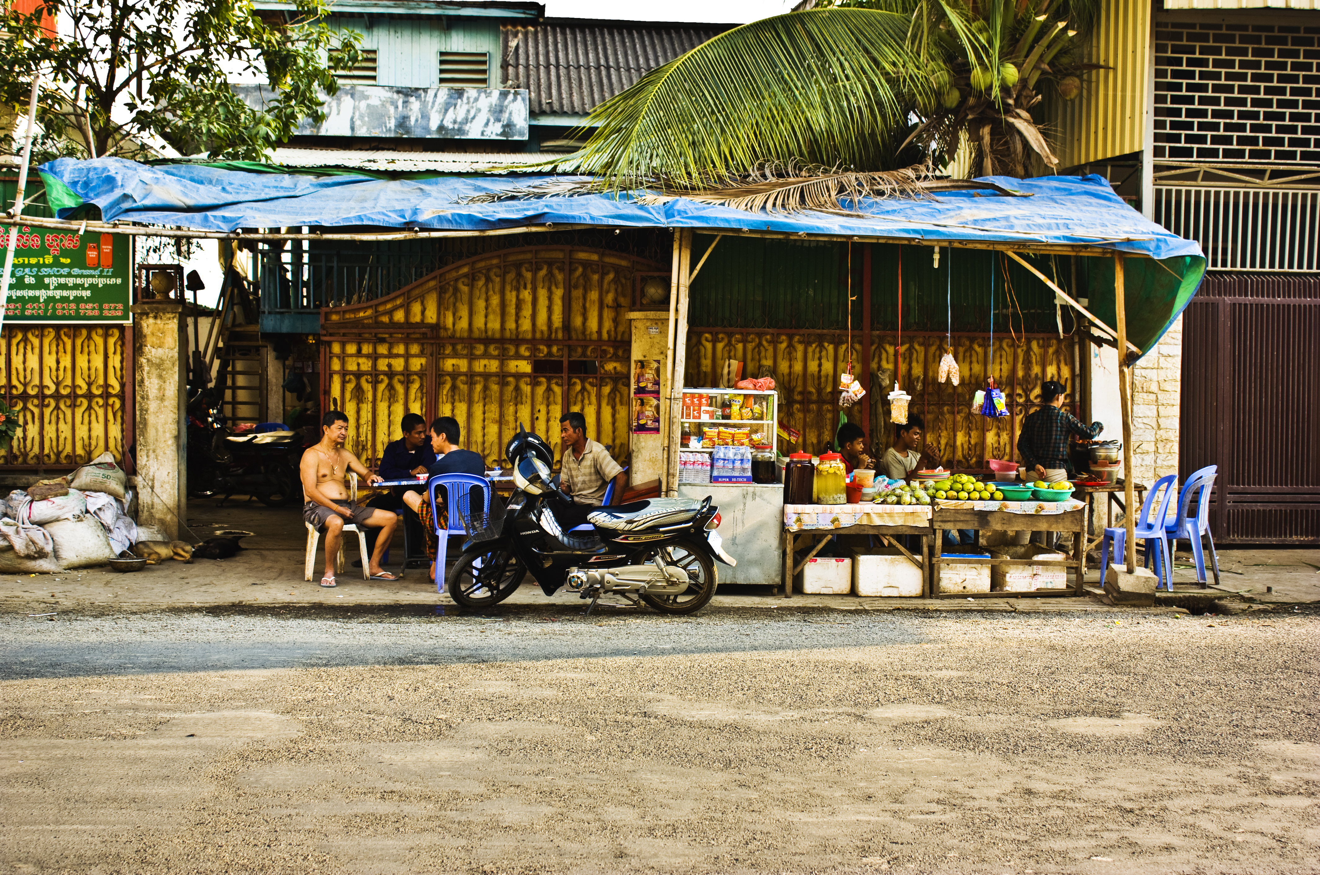 Streetside Cafe in Phnom Penh