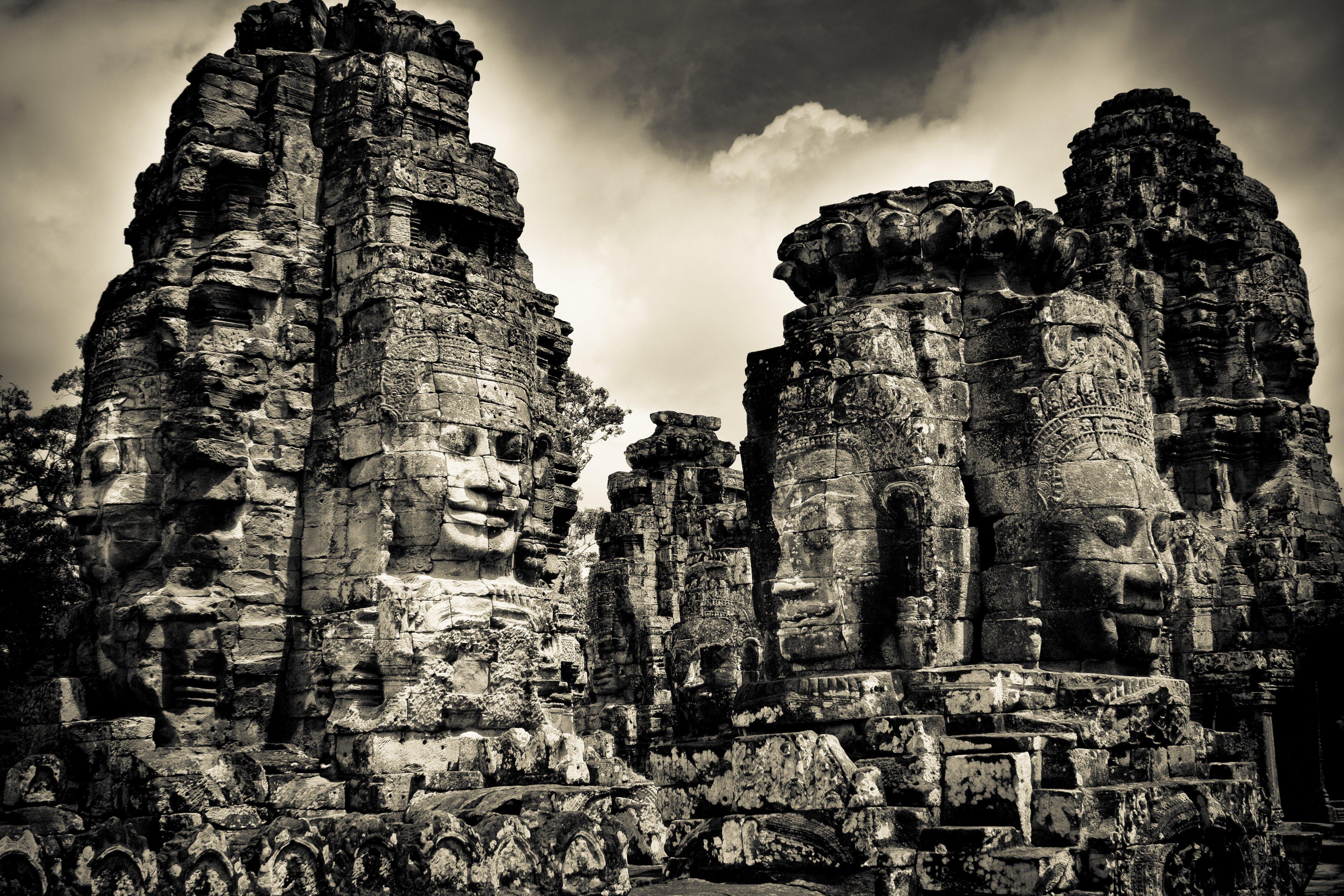Faces of Bayon Temple