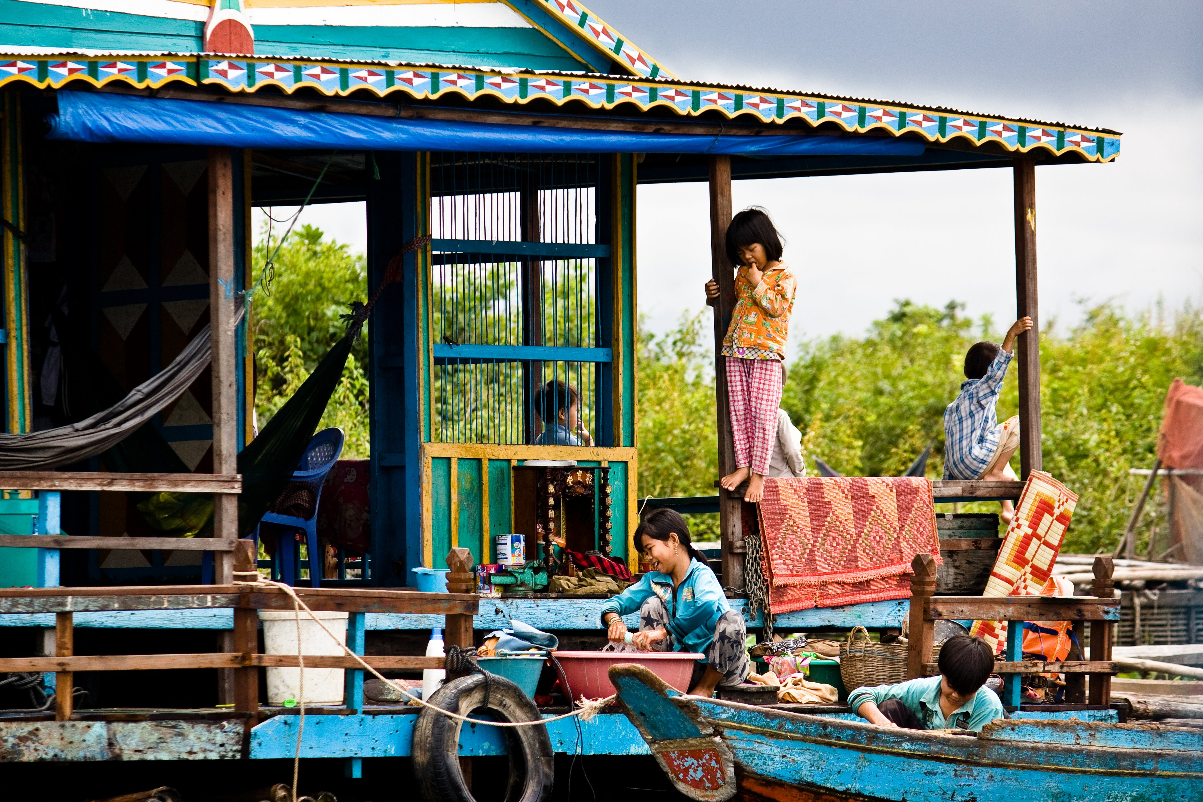 Children on Houseboat Cambodia