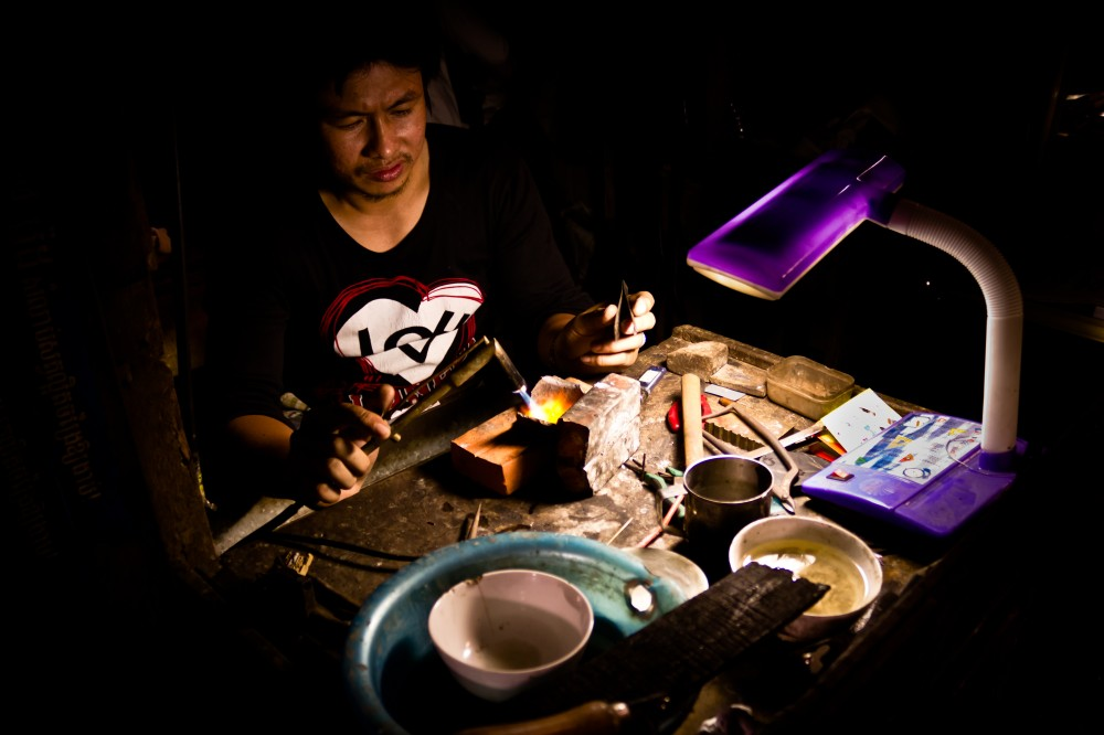 Cambodian Jewelry Maker
