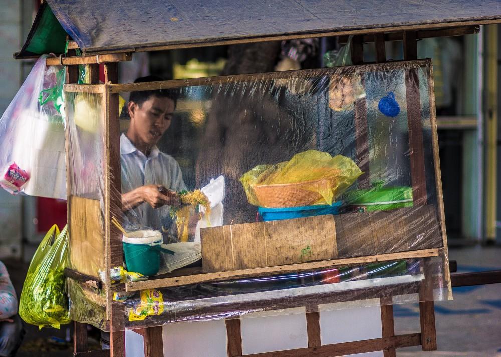 Street-Vendor-Cambodia-1000x714.jpg