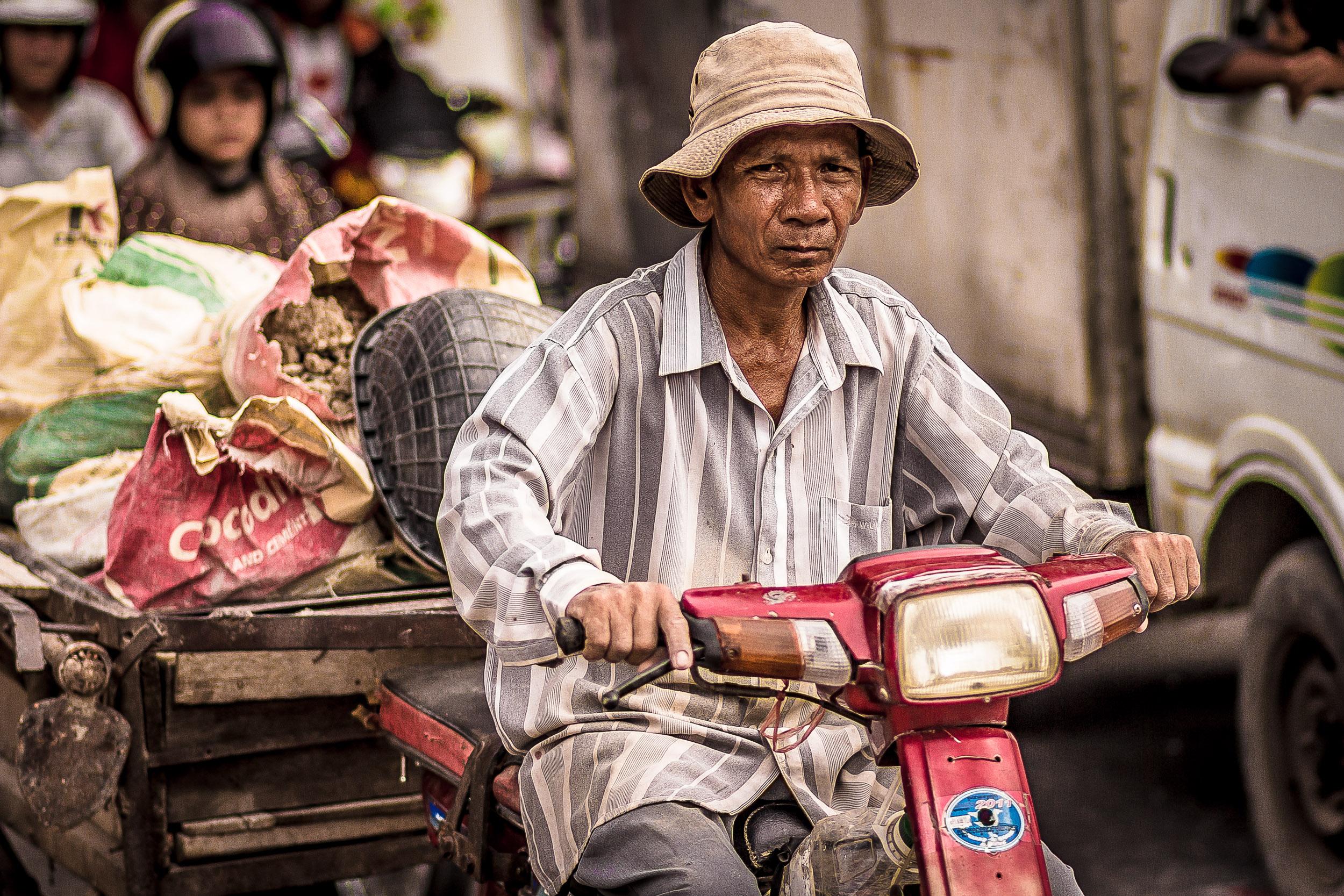Cambodia-Moto-Drive-0406.jpg