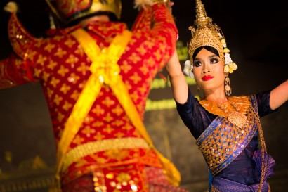 Apsara-Dancer-Fight